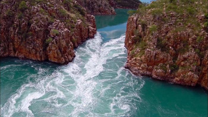 Горизонтальные водопады Австралии